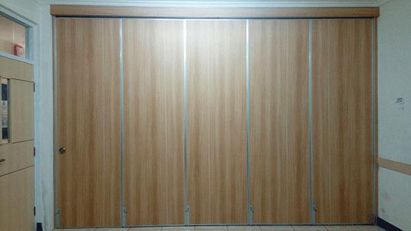 jual partisi pintu lipat di Surabaya, Bandung, Jakarta