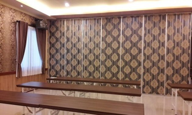 Partisi Geser Finishing Wallpaper