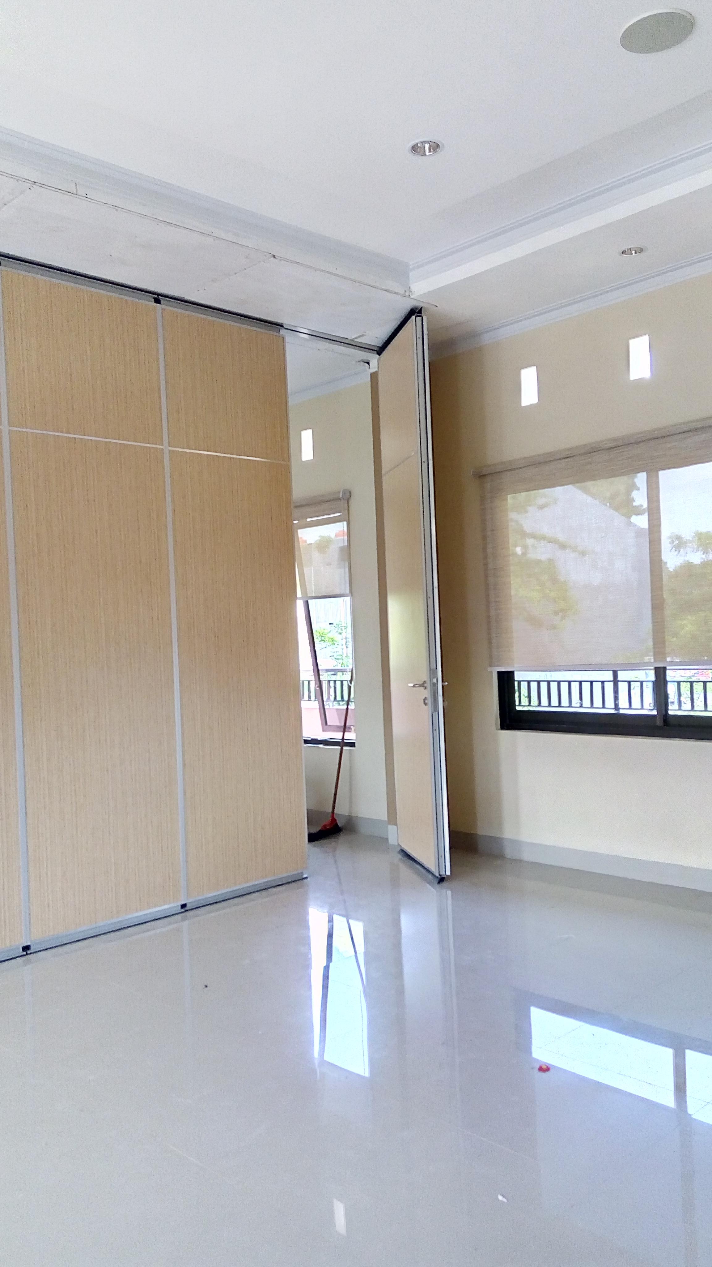 Gedung Serba Guna Wahdah Islamiah Lt.3 Makassar / Sekolah Wanita Wahdah Islamiah Makassar