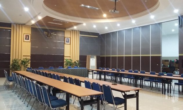 PIREKI PARTISI CONFERENCE ROOM