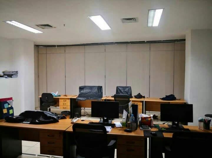 Pembatas Ruangan Minimalis Untuk Ruang Kerja