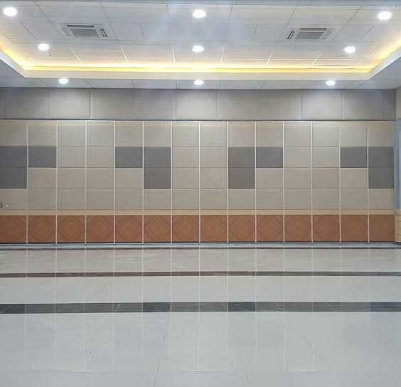 Dinding Penyekat Sebagai Pintu Multifungsi Terbaik