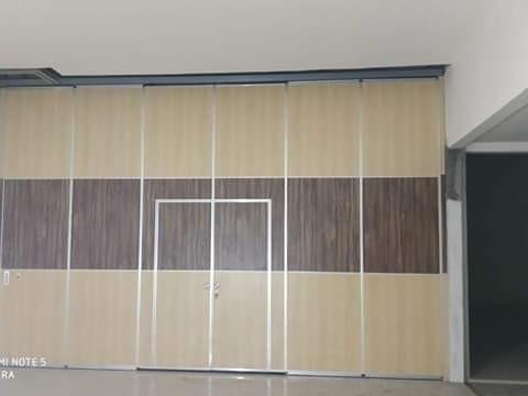 Dinding Movable Sebagai Pintu Tak Nampak!